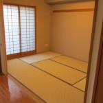 リフォーム後の和室。美しく生まれ変わりました。障子と畳のリフォームしました。