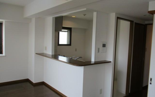 対面式キッチンリフォームとマンションの湿気対策